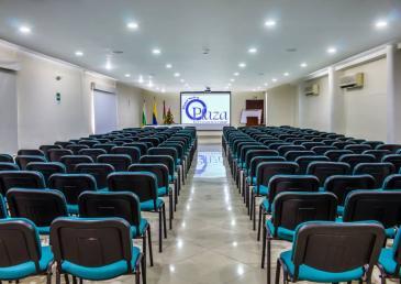 Amplios salones para eventos en el Hotel Neiva Plaza