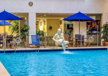 Piscina del Hotel Neiva Plaza